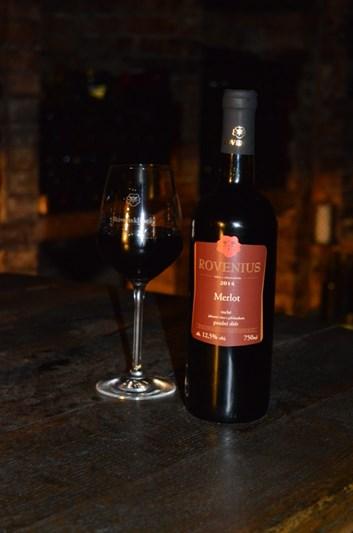 Merlot pozdní sběr 2014 - suché - Víno Rovenius s.r.o.