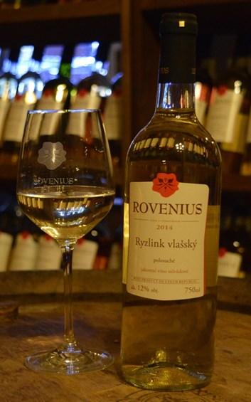 Ryzlink vlašský jakostní  2014 - polosuché - Víno Rovenius