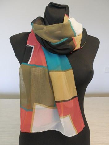 Koskovaná barevná šálka